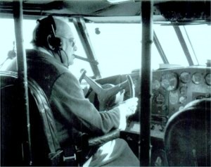 1940 Churchill piloting plane to Bermuda