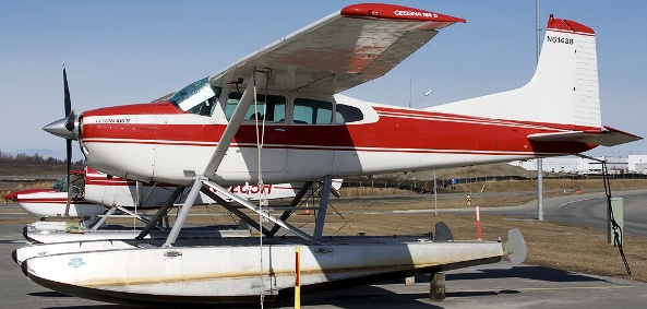 Cessna Skywagon with floats