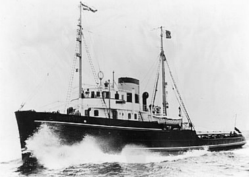Dutch tugboat Roode Zee