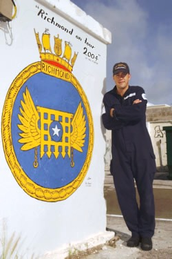 HMS Richmond ship's crest 2004