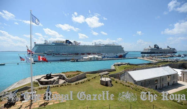 Norwegian Breakaway in Bermuda May 15, 2013