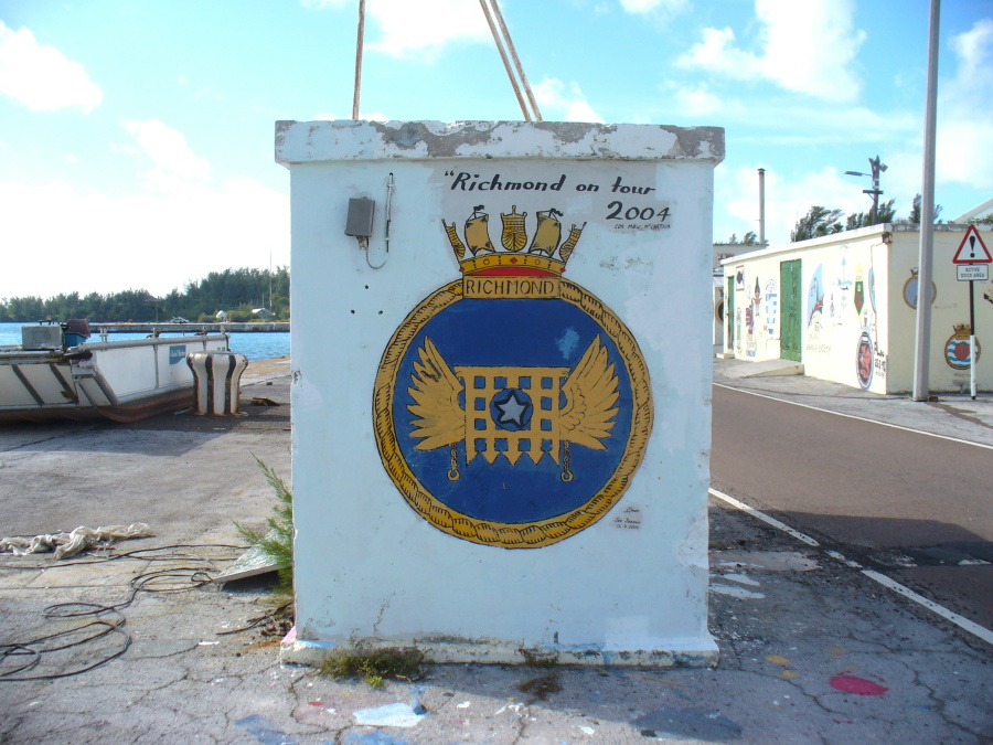 Bermuda Dockyard Ships Crests 06 HMS Richmond