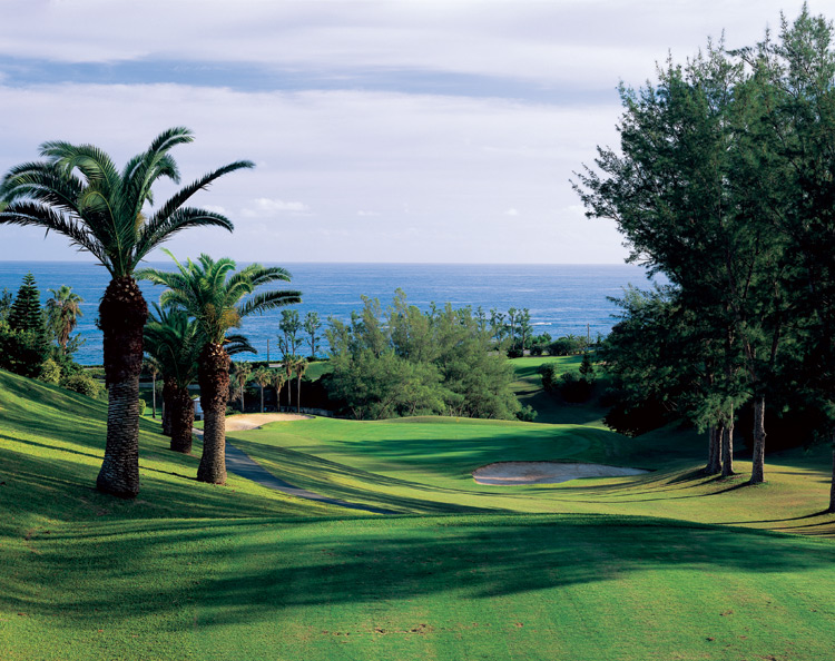 Bermuda Golf Clubs With Courses And Ranges