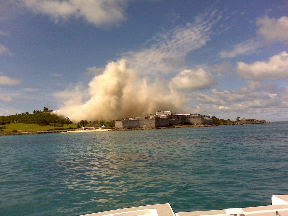 Old Club Med implosion August 25, 2008 at 10 am